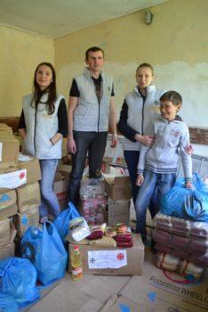 Вимушені переселенці у львівському Карітасі отримали продуктові набори