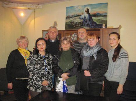 На зустрічі осередку Парафіяльного Карітасу церкви Різдва Пресвятої Богородиці у Львові працювали над розробкою соціально спрямованих проектів