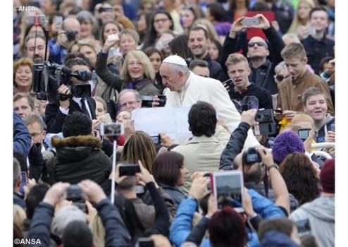 Папа Франциск: Нехай двері наших домівок стануть дверима милосердя