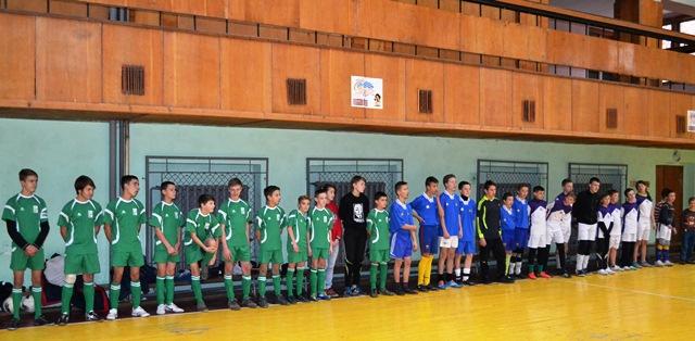 Міні-футбол: Товариська зустріч задля миру