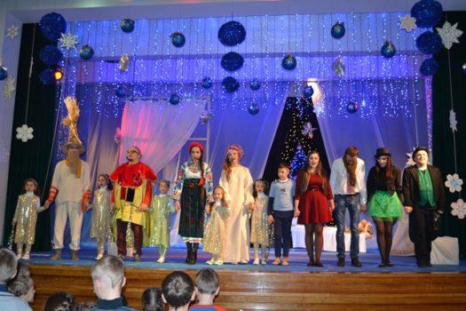 Діти Карітасу Львова подивились казкову виставу «Промінчики різдвяної зірки»