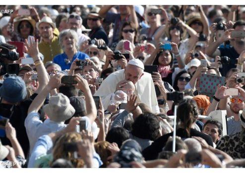 Папа Франциск: Пастирі не повинні бути князями, але як Ісус, близькими до людей