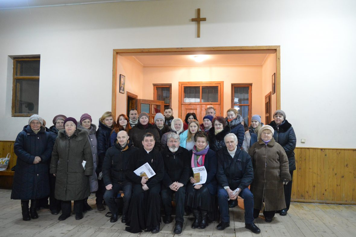 Зустріч працівників Карітасу Львова з волонтерами соціального служіння на парафії Пресвятої Богородиці Володарки України