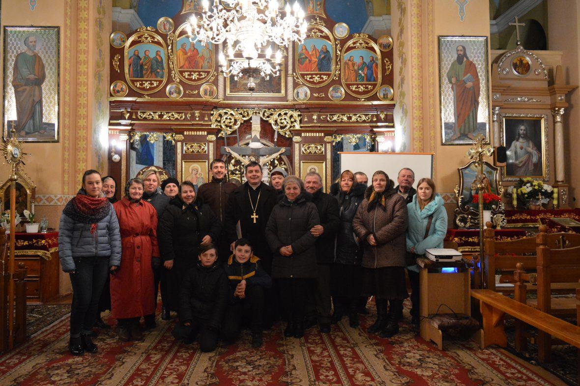 Про створення парафіяльного Карітасу говорили з активними мирянами у селах Печенія і Тарасівка