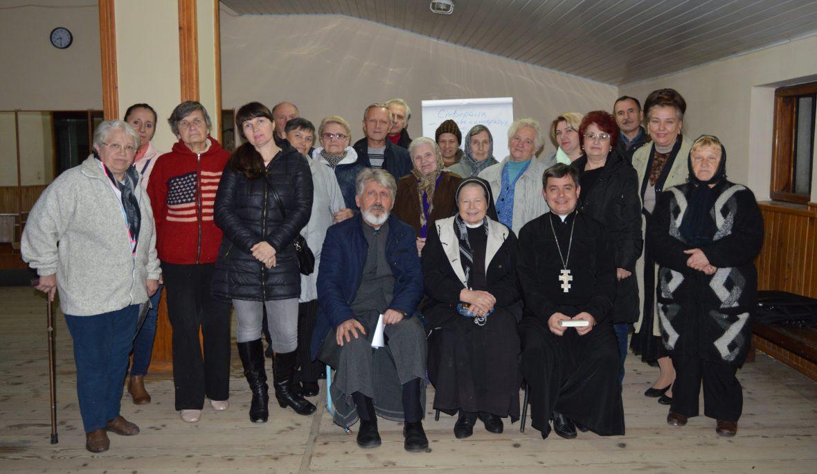 Про виховну роль Парафіяльного Карітасу говорили на парафії Пресвятої Богородиці Володарки України