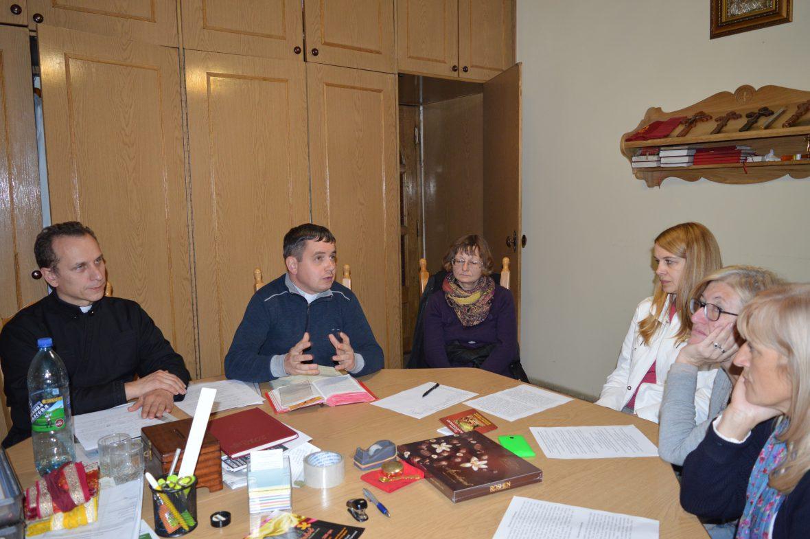 Тему християнського волонтерства обговорювали на парафії Положення Пояса Пресвятої Богородиці