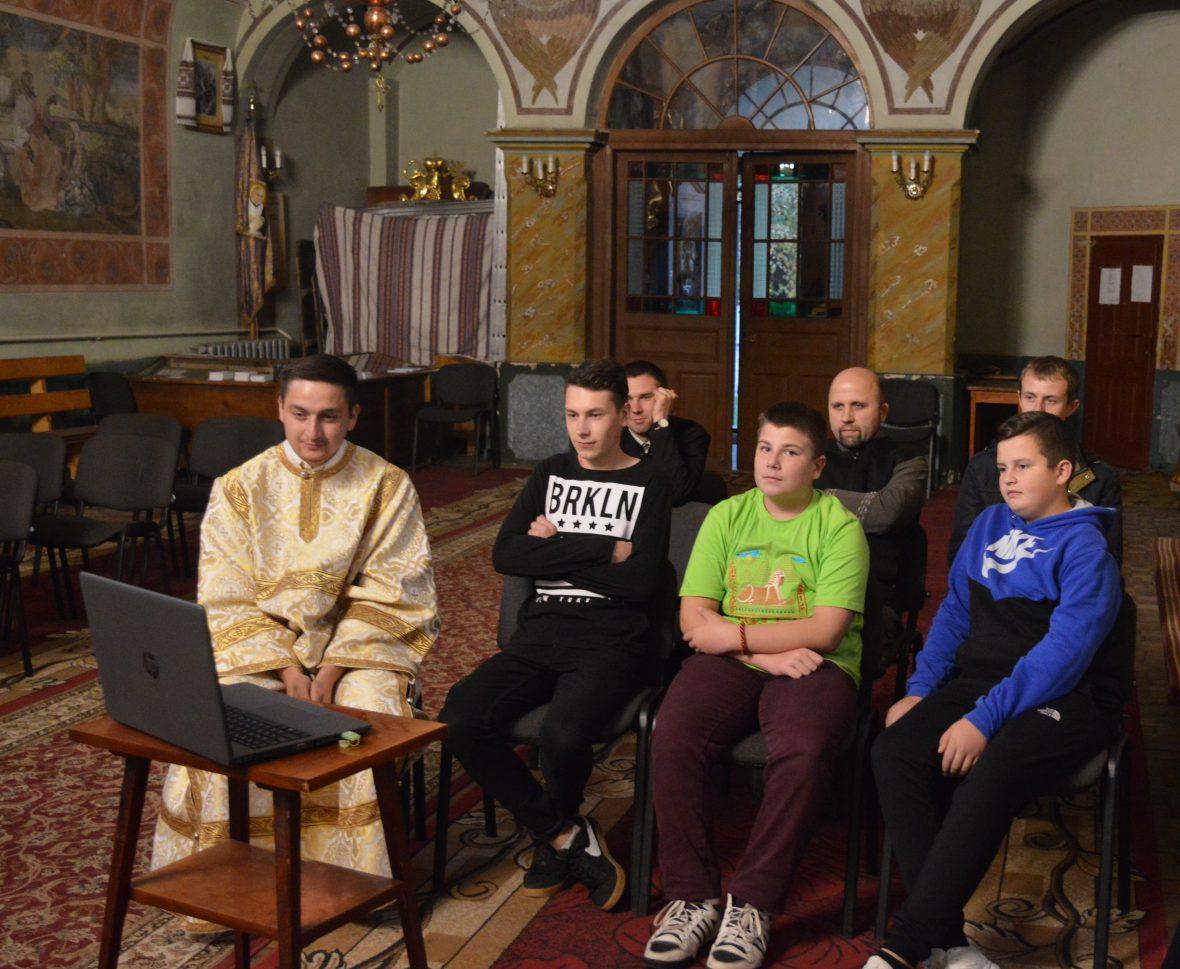Зустріч з волонтерами соціального служіння у парафії  Святого Миколая смт. Глиняни