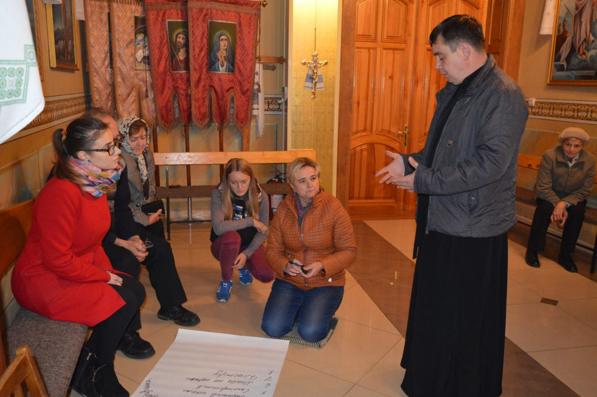 Волонтери с. Годовиця працювали над координацією та співпрацею у парафіяльному соціальному служінні