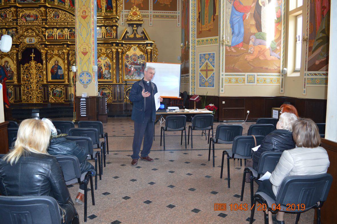 Активізація соціального служіння: друга зустріч у львівському храмі Благовіщення Пресвятої Богородиці