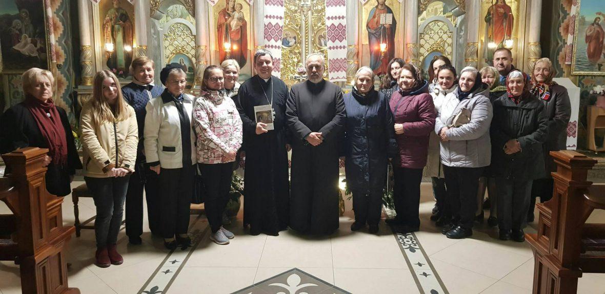 Зустріч з волонтерами у с. Оброшине