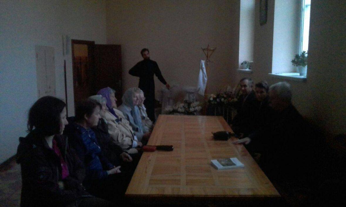 Зустріч з волонтерами у с. Зимна вода