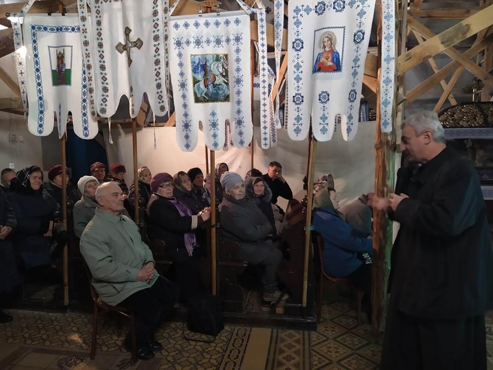 Перша зустріч з активізації соціального служіння на парафії св. влкм. Юрія у Яворові