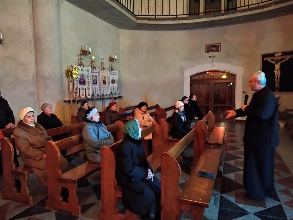 Перша зустріч з активними мирянами на львівській парафії Воздвиження Чесного і Животворящого Хреста Господнього