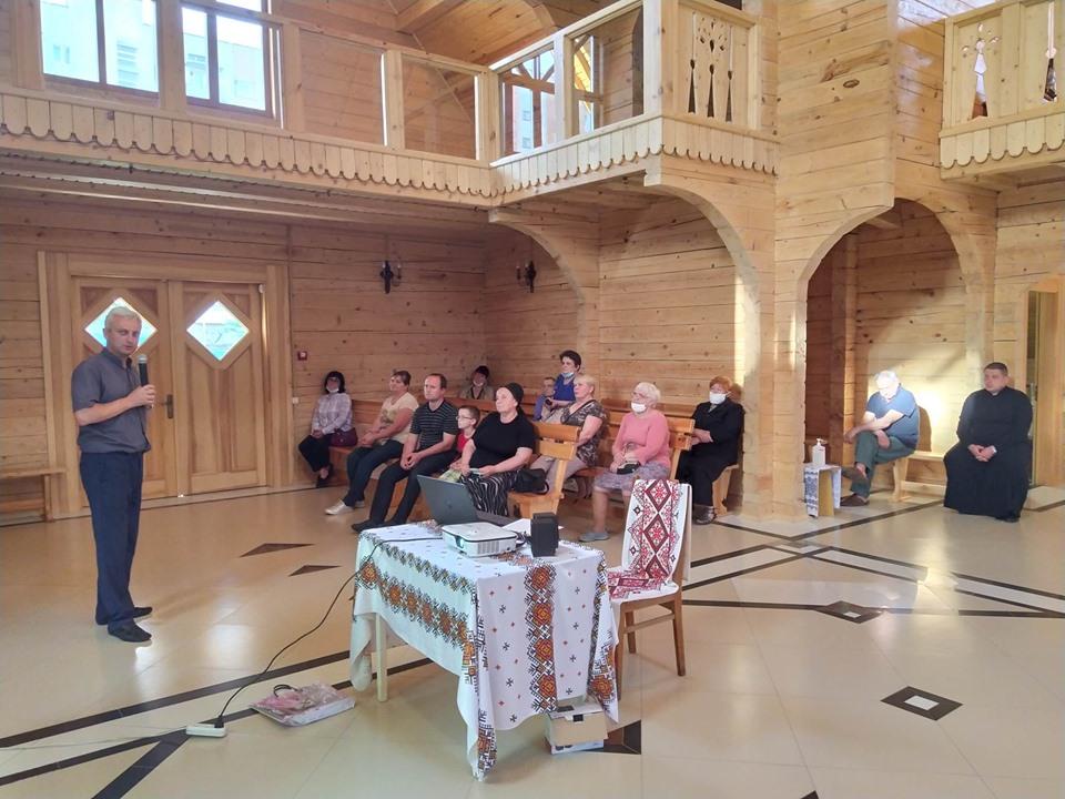 Активізація соціального служіння: зустріч на львівській парафії св. Василія Великого